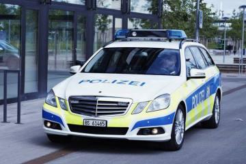 Basel BS - Lastwagen überrollt Fahrrad und verletzt den Lenker schwer