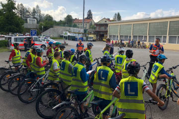 Teufen AR - Schüler absolvieren Radfahrerprüfung