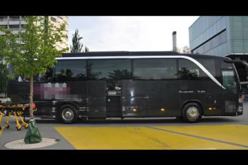 A1/Gunzgen SO - Reisecar kollidiert mit Leitplanke - Zeugenaufruf