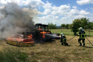 Hefenhofen TG - Traktor fängt Feuer