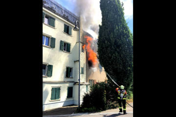 Rorschach SG - Brand in Mehrfamilienhaus fordert V...