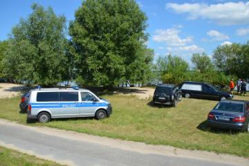 Stade NDS - Zwei junge Männer in der Elbe ertrunken