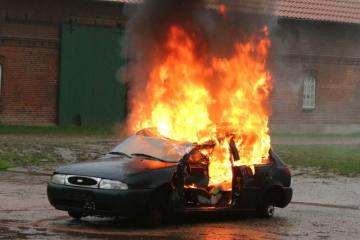 Millionenschäden durch Fahrzeugbrände