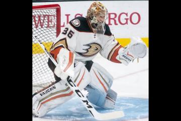 John Gibson unterschreibt für 8 Jahre bei den Anaheim Ducks