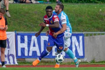 FCB leiht Neftali Manzambi nach Gijón aus