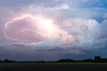 Schweiz - Tropennacht und morgendliche Gewitter