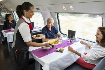 SBB stellt Speisewagen der neuen Doppelstockzüge vor