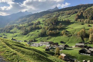 Schweiz - Mit Föhn im oberen Rheintal sommerlich warm!
