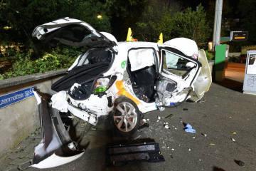 Basel Stadt BS - Festnahmen nach Verkehrsunfall mit Fahrerflucht