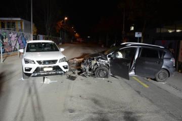 Allschwil BL - Frontalkollision zwischen zwei Personenwagen
