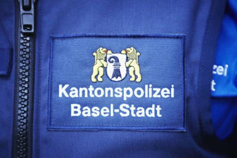 Basel-Stadt BS - Info-Bus Menschenhandel macht Halt auf dem Barfüsserplatz