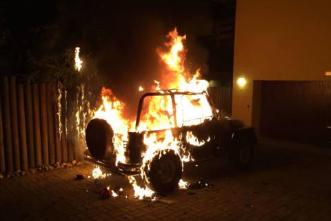Stadt SH - Fahrzeugbrand auf der Breite