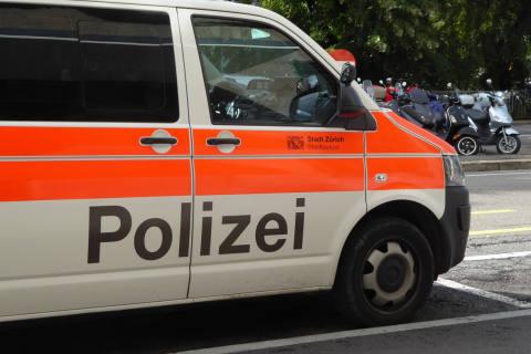 Zürich ZH - Mädchen von Motorrad angefahren - Zeugenaufruf