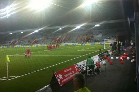 Thun / Spiez BE - Pyrotechnika bei Fussballspiel