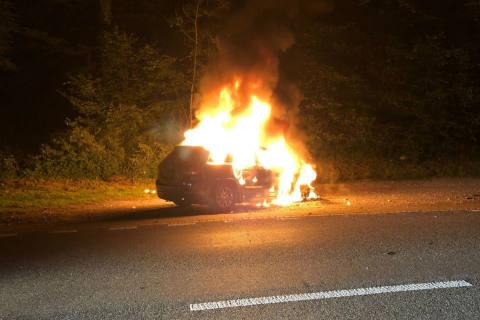 Eggersriet SG - Jeep ausgebrannt