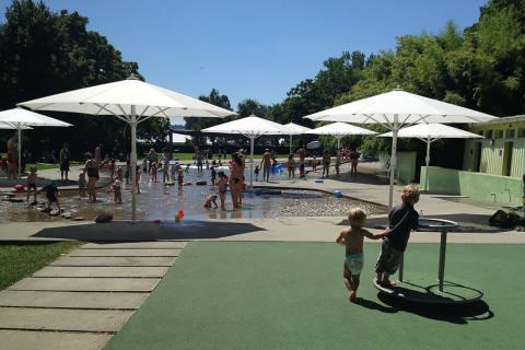 Erstmals über zwei Millionen Badegäste in Zürcher Badis