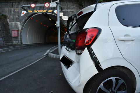 Triesenberg FL - Auffahrkollision zwischen zwei Autos