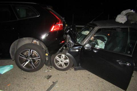 A3 Mollis GL - Verkehrsunfall auf der Autobahn