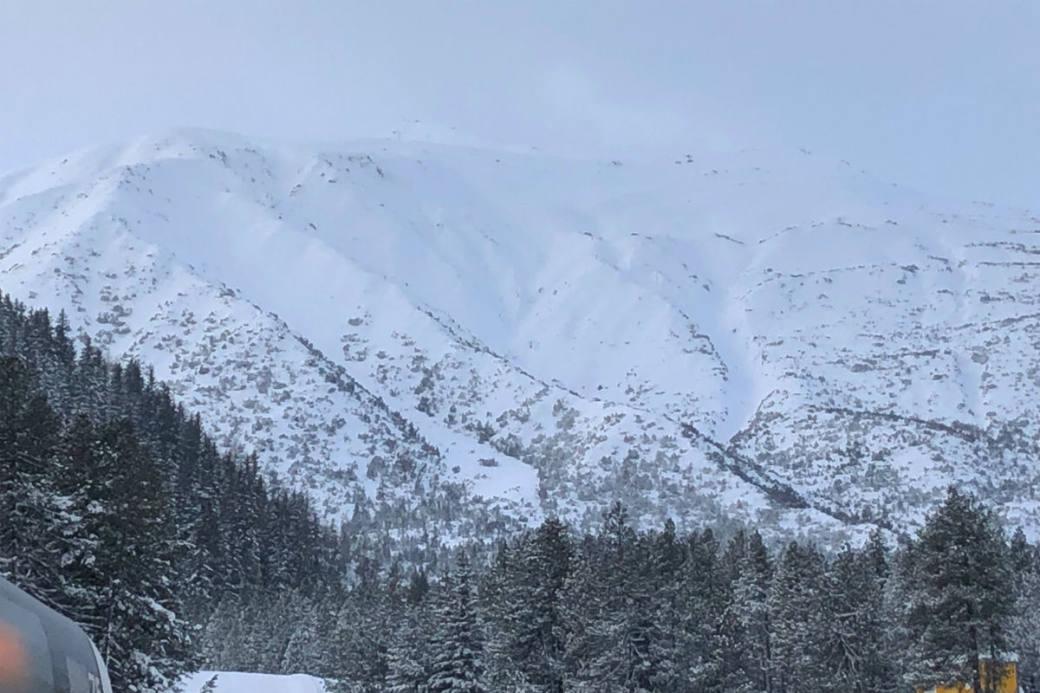 In Davos sind zwei Lawinen runter.
