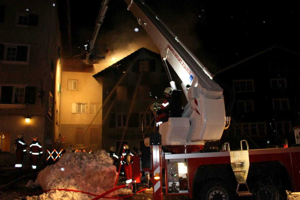 Die Feuerwehr hatte alle Hände voll zu tun.