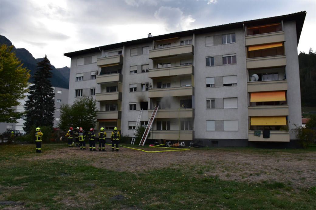 Mehrfamilienhaus in Thusis, mit Brandherd in Wohnung im ersten Stock