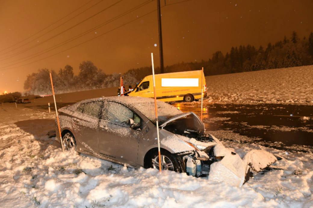 Zwei Verletzte nach Unfall.