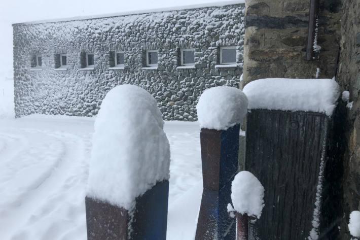 Viele Alpenpässe sind bereits gsperrt.