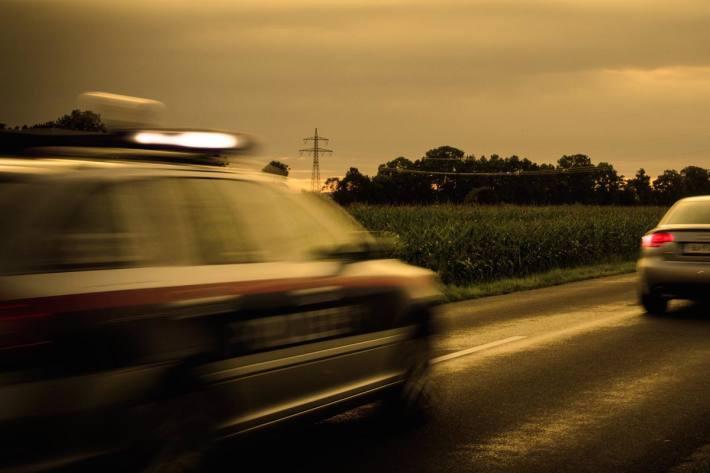 Drogenlenker mit Kastenwagen in Auberg unterwegs (Symbolbild)