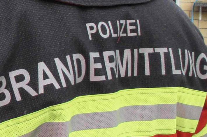 In Beckenried NW kam es zu einem Schiffsbrand aus noch ungeklärter Ursache