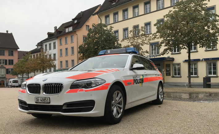 Frau stürzt in Linienbus und verletzt sich in Schaffhausen.
