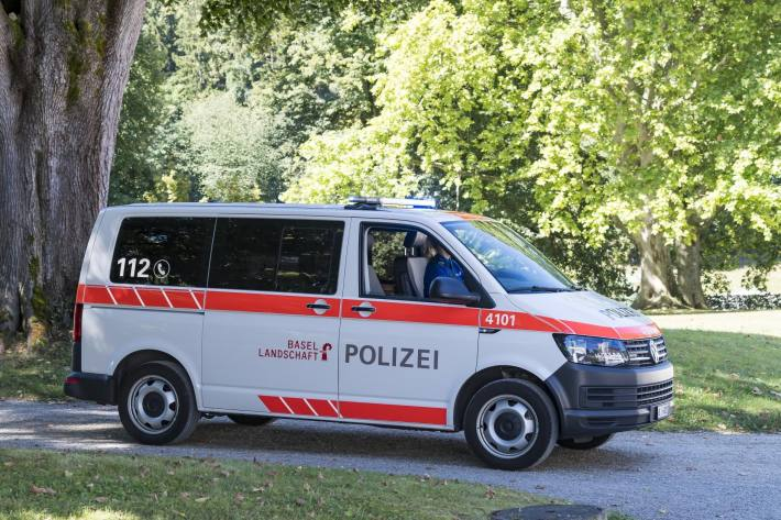 4-Jähriger auf dem Trottinet in Arlesheim BL von Auto erfasst und verletzt.