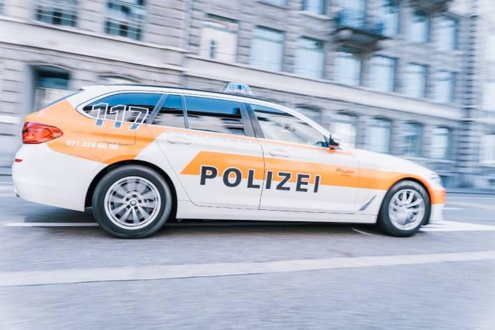 Gestern hat ein Mann Passanten in St. Gallen belästigt.