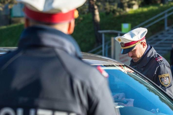 Alkohol- und Drogenlenker aus dem Verkehr in Eben im Pongau gezogen (Symbolbild)