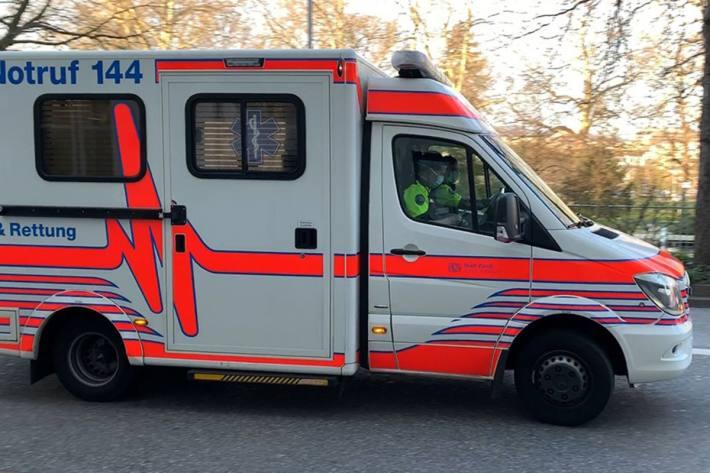 In Zürich wurde heute ein Fussgänger nach einer Kollision mit einem Tram erheblich verletzt.