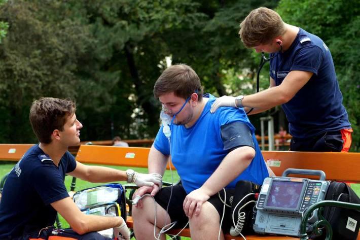 Drei Jugendliche durch den Vorfall in Wien verletzt (Symbolbild)