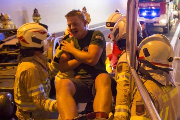 Verletzter nach Selbstunfall in Köniz (Symbolbild)