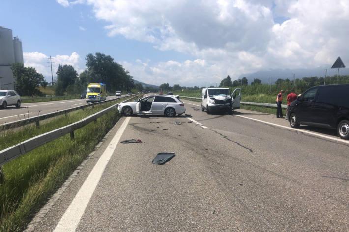 Auffahrunfall auf der A13 bei Widnau