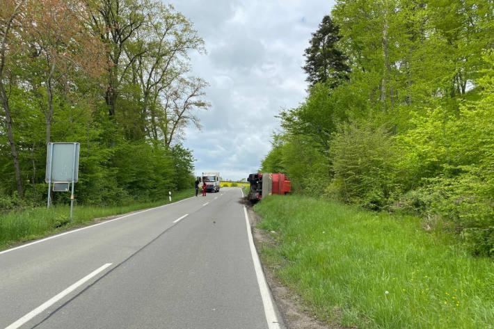 Verkehrsunfall mit Mobilkran bei Walshausen