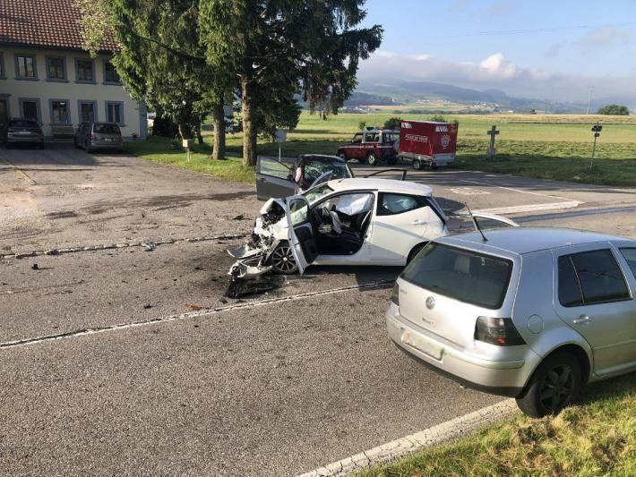 Zwei Autofahrer wurden bei einem Unfall in Autigny verletzt