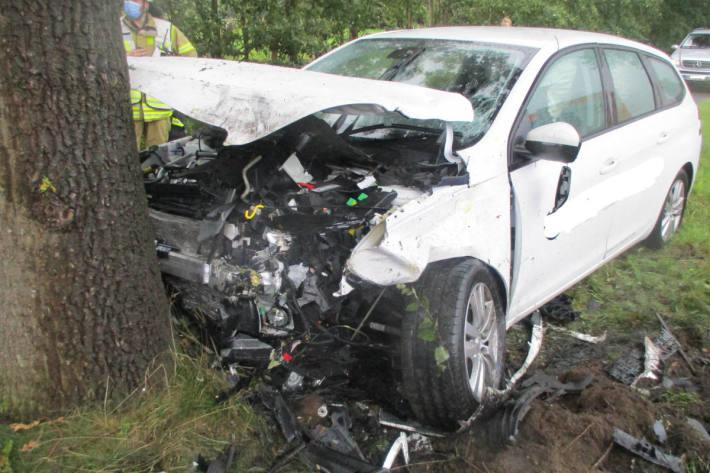 Unfall fordert drei Verletzte, zwei davon schwer