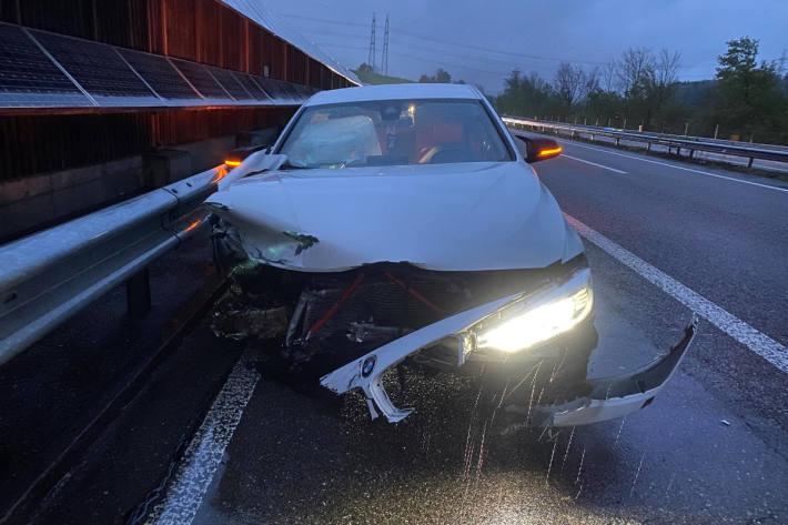 Grosser Schaden bei Schleuderunfall auf der A1 bei Safenwil