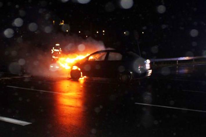 In Espelkamp geriet der Motorraum in Brand