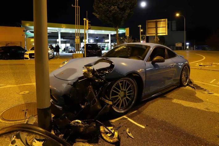 Unfall wegen mangelnder Vertrautheit mit Fahrzeug in St.Gallen