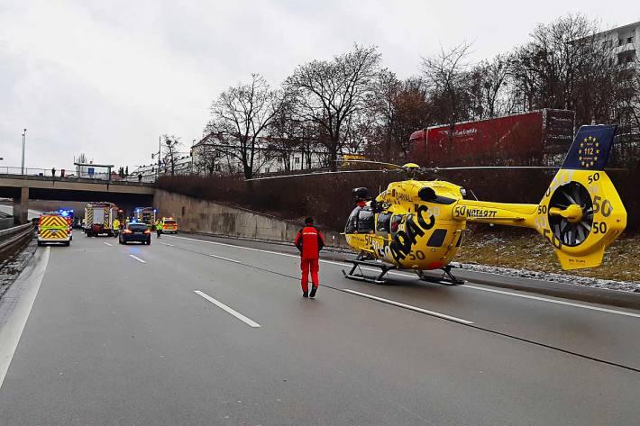 Leider verstarb der 84-jährige Mann trotz sofort eingeleiteter Reanimationsmaßnahmen im Krankenhaus in München