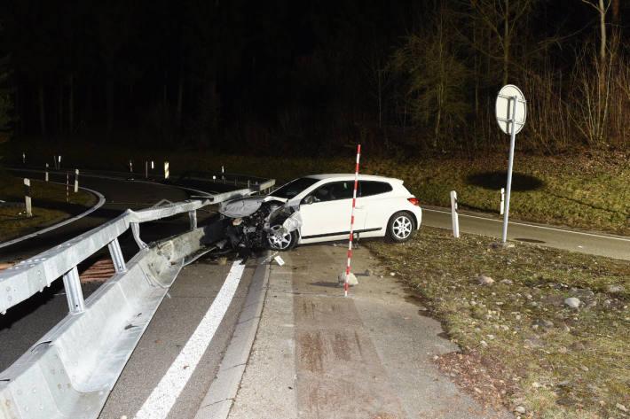 Nach Fluchtfahrt auf der A1 bei Winterthur verunfallt