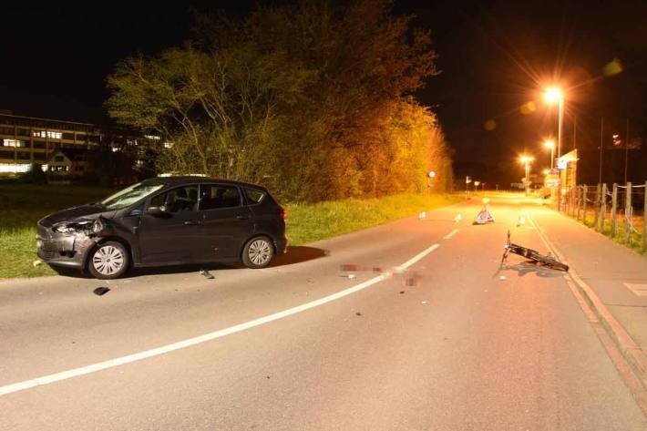 Frontal gegen Auto in Rapperswil-Jona geprallt