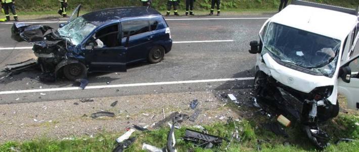 Die verunfallten Fahrzeuge in Saalfeld