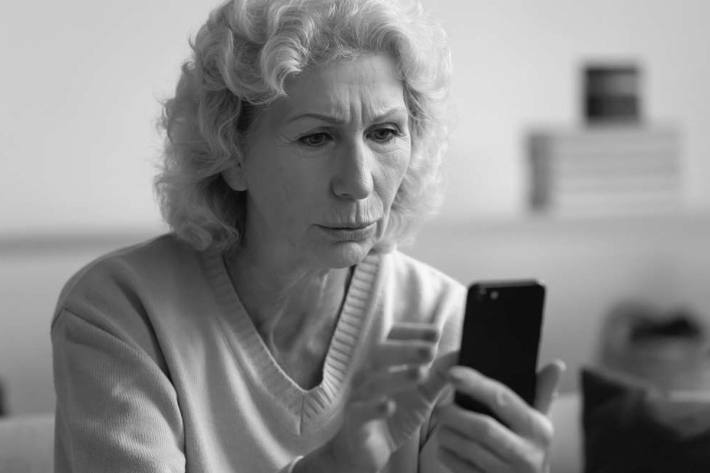 """WhatsApp Anfrage """"Versehentlich sechstelligen Code geschickt"""" ist Konto Klau"""