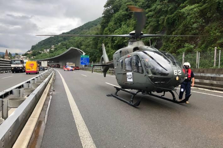 Mit dem Polizeihelikopter konnte die Lage von oben genau beobachtet werden.