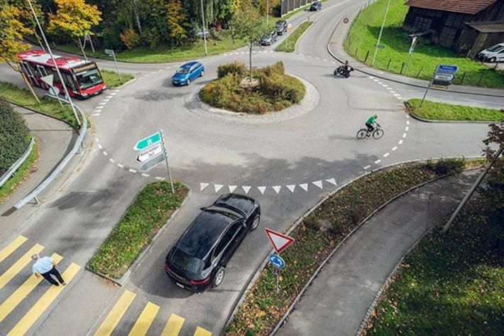 Auf den Schweizer Strassen gelten ab dem 1.1.2021 neue Regeln.